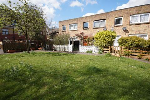 3 bedroom terraced house for sale - Limetree Close, Streatham, London, SW2 3EN