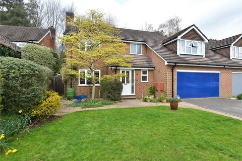 4 bedroom semi-detached house for sale - Broomfield Drive, Alderholt, Fordingbridge, SP6