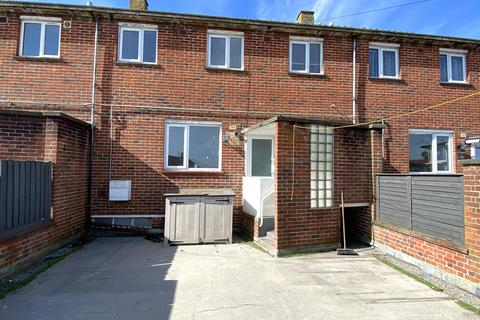 3 bedroom maisonette for sale - Tukes Avenue, Gosport PO13