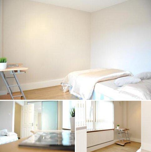 3 bedroom flat share to rent - Plender Street, London NW1