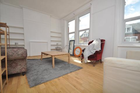 3 bedroom flat to rent - Drylands Road, Crouch End