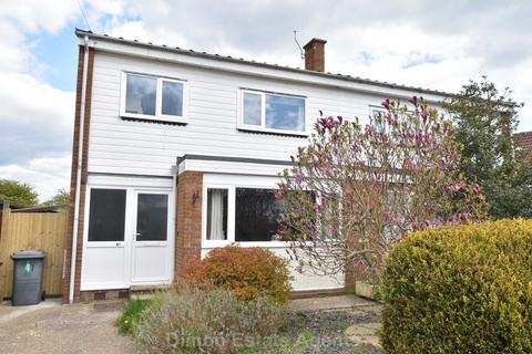 3 bedroom semi-detached house for sale - Lancaster Close, Lee On The Solent