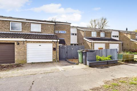 3 bedroom terraced house for sale - Edith Cavell Close, Thetford