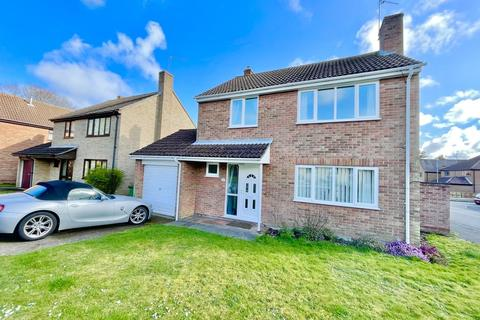 4 bedroom detached house for sale - Bracecamp Close, Ormesby