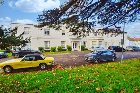2 bedroom ground floor flat for sale - Chigwell Road, Woodford Green