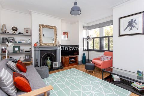 2 bedroom flat for sale - Allison Road, London, N8