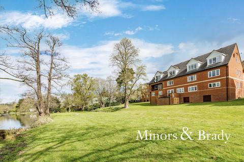 2 bedroom penthouse for sale - The Waterside, Hellesdon