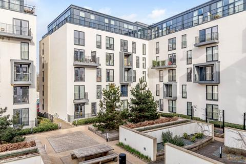 2 bedroom penthouse for sale - Midland Road, Bath