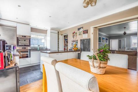 4 bedroom semi-detached house for sale - Chelsfield Lane, Orpington