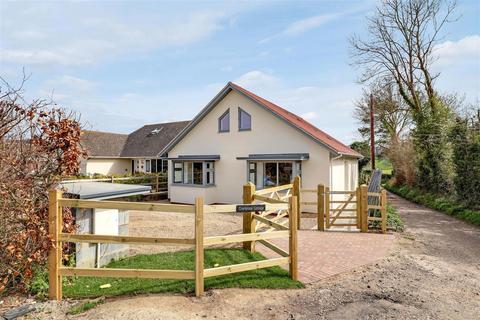 3 bedroom detached house for sale - Callaways Lane, Newington, Sittingbourne