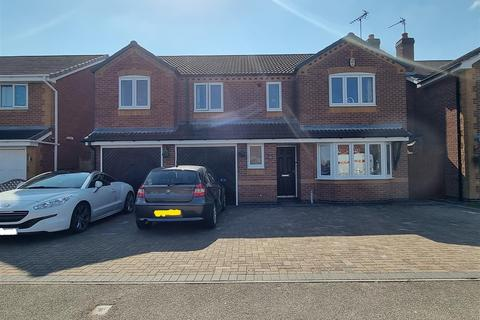 6 bedroom detached house for sale - Sovereign Way, Heanor