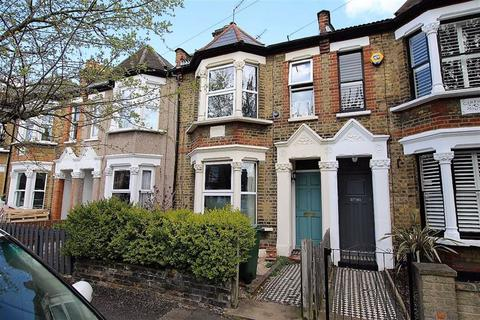 2 bedroom terraced house to rent - Chelmsford Road, Walthamstow