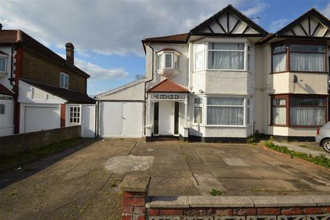 3 bedroom semi-detached house for sale - Eastern Avenue, Ilford, Essex, IG4