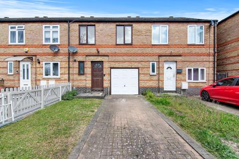 3 bedroom terraced house for sale - Nightingale Way, Beckton, London, E6