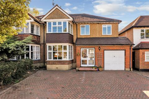 4 bedroom semi-detached house for sale - Chestnut Avenue, Ewell, Epsom