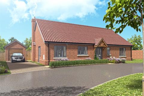 3 bedroom detached bungalow for sale - Bungay Road, Hempnall, Norwich