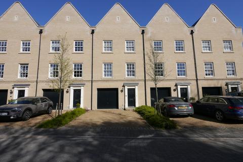 3 bedroom townhouse for sale - Walne Close, Framlingham, Suffolk