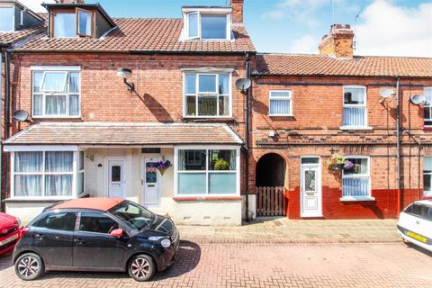 4 bedroom terraced house for sale - Brook Street, Driffield