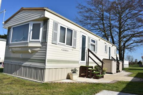 2 bedroom static caravan for sale - Eastlands Meadow Country Park, Essex