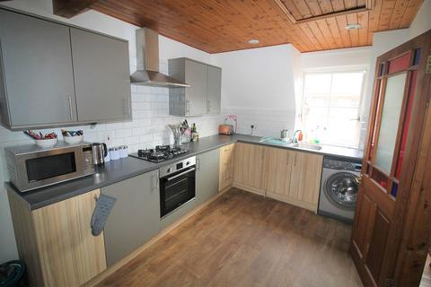 2 bedroom maisonette to rent - St Annes Well Brewery, Lower North Street, Exeter