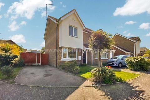 2 bedroom semi-detached house for sale - Frobisher Way, Southend On Sea