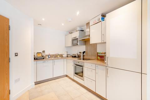 2 bedroom apartment to rent - Surrey, London SE16