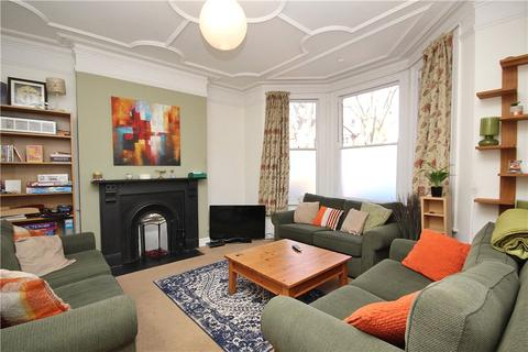 4 bedroom semi-detached house to rent - St. James Avenue, West Ealing, W13