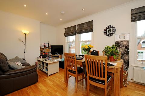 2 bedroom flat to rent - Fairbridge Road Archway N19