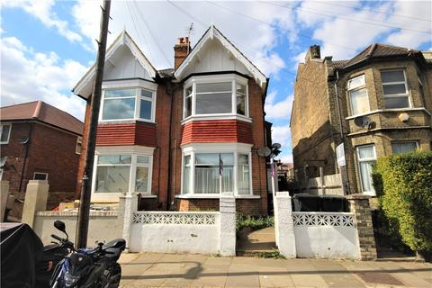 Studio for sale - Carlyle Road, London, W5