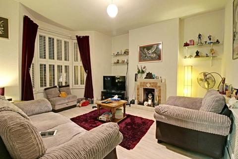 2 bedroom flat to rent - Dollis Road, Finchley, London, N3 1RB