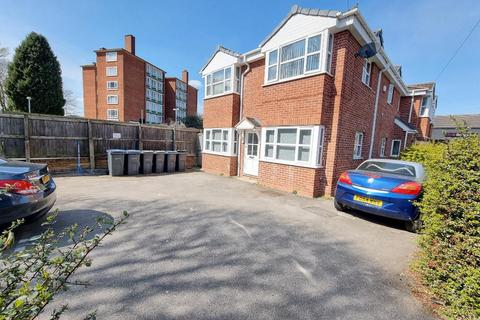 2 bedroom flat to rent - Yew Tree Lane, Yardley, 2 Bedroom Self Contained Ground Floor Flat