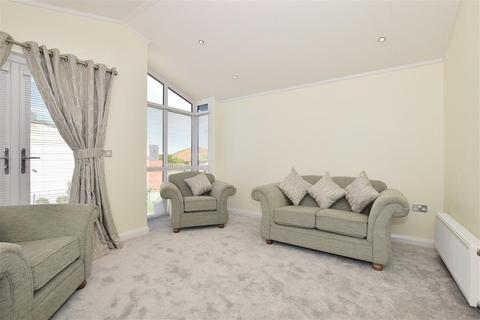 2 bedroom park home for sale - The Broadway, Minster On Sea, Sheerness, Kent