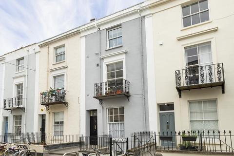 1 bedroom flat to rent - Oakfield Place, Clifton, BS8