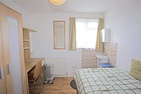 1 bedroom penthouse to rent - Selborne Road, London, N22