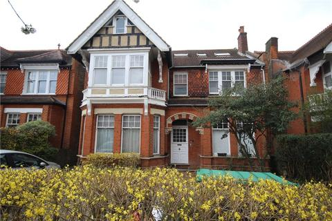 Studio to rent - Blakesley Avenue, Ealing, W5