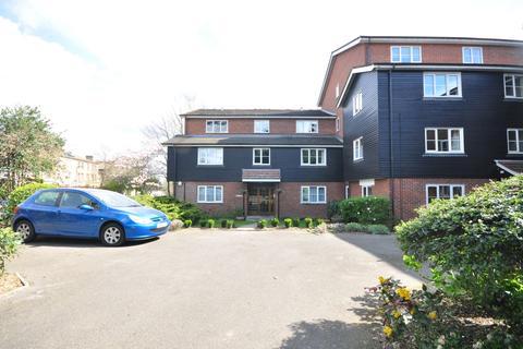 2 bedroom apartment to rent - Grosvenor Road Wanstead E11