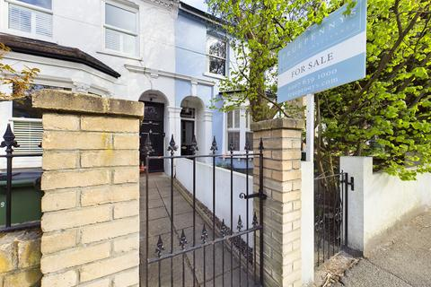 3 bedroom semi-detached house for sale - Charlton Lane, Charlton, SE7