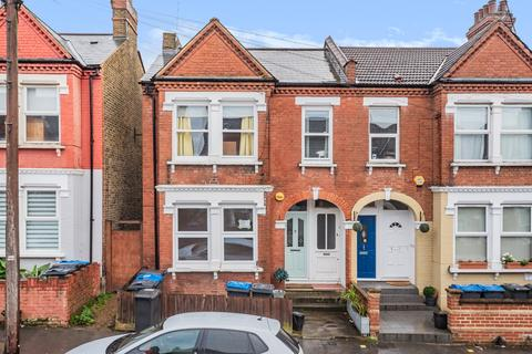 3 bedroom flat for sale - Mersham Road Thornton Heath CR7