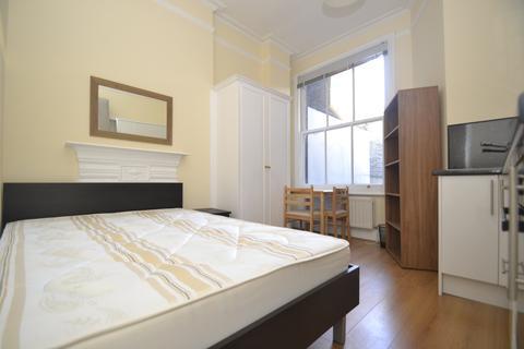 Studio to rent - Doughty Street, Bloomsbury