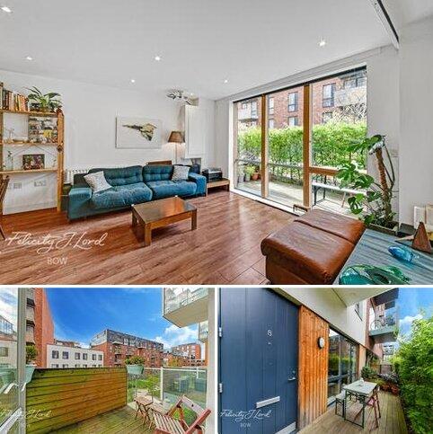 2 bedroom flat for sale - Barry Blandford Way, London