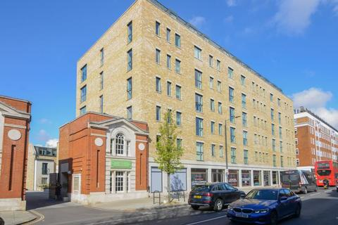 2 bedroom apartment to rent - Cawthorn Apartments, SW6