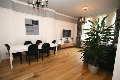 2 bedroom apartment to rent - Chepstow Street Manchester M1