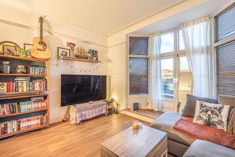 3 bedroom maisonette for sale - Surbiton,  Surrey,  KT6