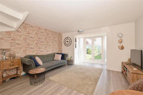 3 bedroom semi-detached house for sale - Bulbeck Way, Felpham, Bognor Regis, West Sussex