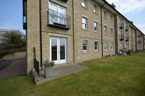 2 bedroom flat to rent - Marshall Place, Perth, PH2