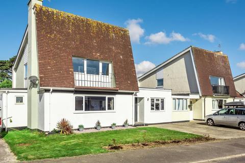 3 bedroom detached house for sale - Leverton Avenue, Felpham, Bognor Regis, PO22