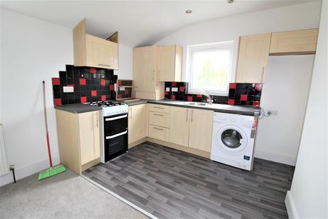 3 bedroom apartment to rent - Balfour Road, Ilford, Essex, IG1