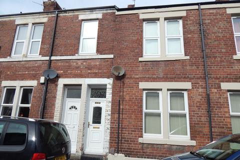 3 bedroom flat to rent - Vine Street, Wallsend NE28