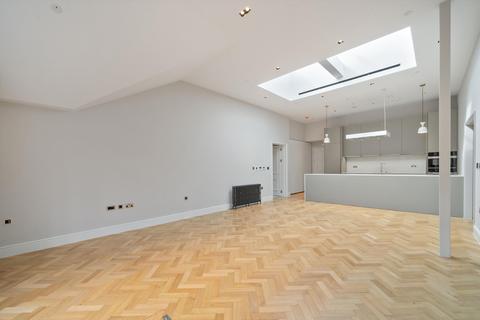 2 bedroom flat to rent - Kensington Court, Kensington, London, W8