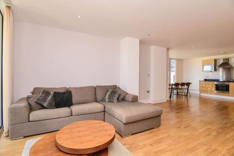 1 bedroom flat to rent - Lanterns Way, Isle of Dogs, London